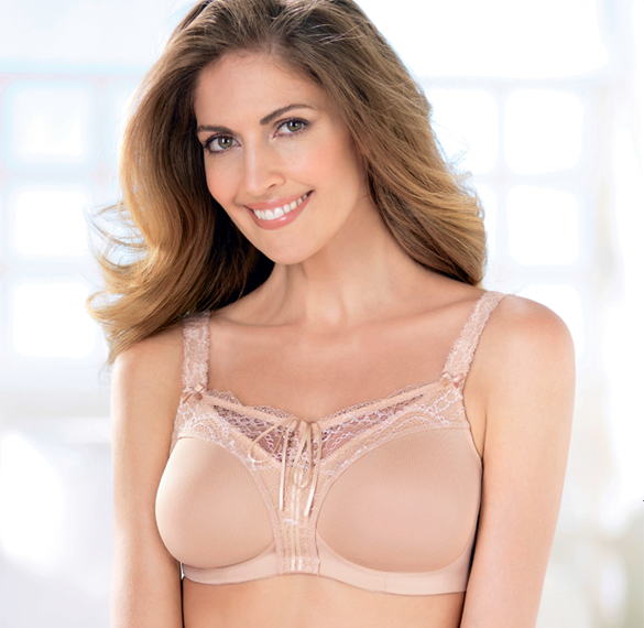 Specific lingerie, swimwear, accessories and prosthetics for women after mastectomy